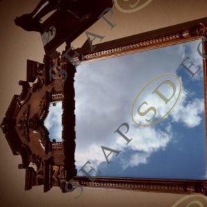 Старинное зеркало в деревянной раме. EXT.2016.(продано)