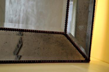 Зеркала в зеркальной раме с подсветкой ZZR1. 800х1050 мм