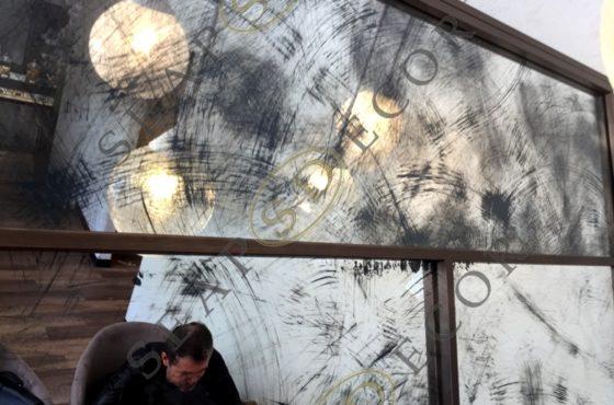 Декоративные зеркала Scratch в ресторане Panna Pasticceria на Большой Житомирской