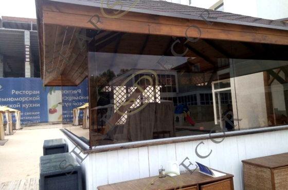 Стеклянные перегородки барбекю ресторана Lobster на Новообуховской трассе