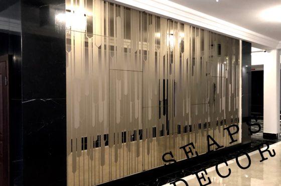 Бронзовое зеркало с художественной матировкой в ЖК SPASSKY от УКРБУД