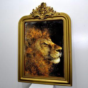 GOLD LION №383. СОСТАРЕННАЯ КАРТИНА В ГИПСОВОЙ РАМЕ R3.1180Х785.GLD-03