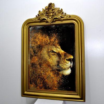 GOLD LION №383. СОСТАРЕННАЯ КАРТИНА В ГИПСОВОЙ РАМЕ