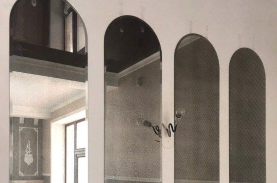Состаренное зеркало 5 element арочной формы с 15 фацетом