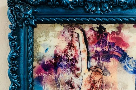 Состаренные картины на зеркале