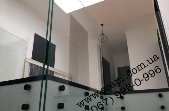 Стеклянные поручни и перила из стекла триплекс 8+8 мм в с.Романков
