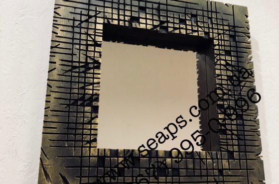 Зеркало в натуральной состаренной деревянной раме с прорезами