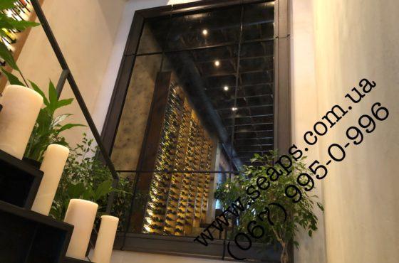 Semmifredo. Состаренное зеркало 4650х2480 мм в ресторане сети La  Fagmilia
